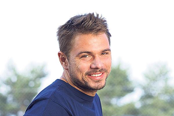 stan-wawrinka-smiling-for-his-tennis-future-2015-600x400